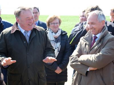 Minister Brunner besucht das boden:ständig Projekt Hagenohe