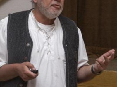 Dr. Robert Beck