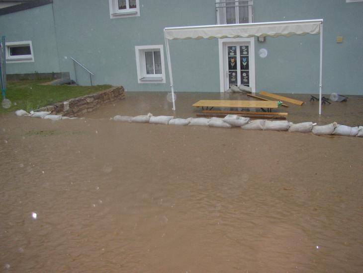 Überschwemmung im Ort