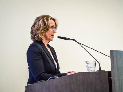 Bürgermeisterin Monika Maier